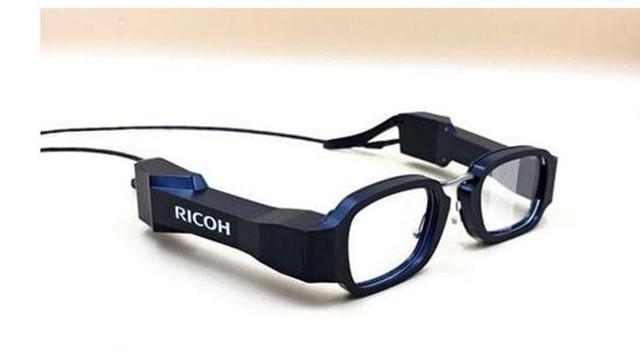 理光全球最轻智能眼镜亮相 重量仅有49克